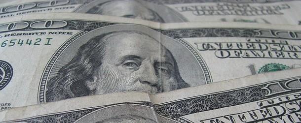 Majority of Loan Originators Make Six Figure Salaries