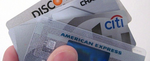 Study: Minimum Credit Card Payments Increase Risk of Mortgage Default